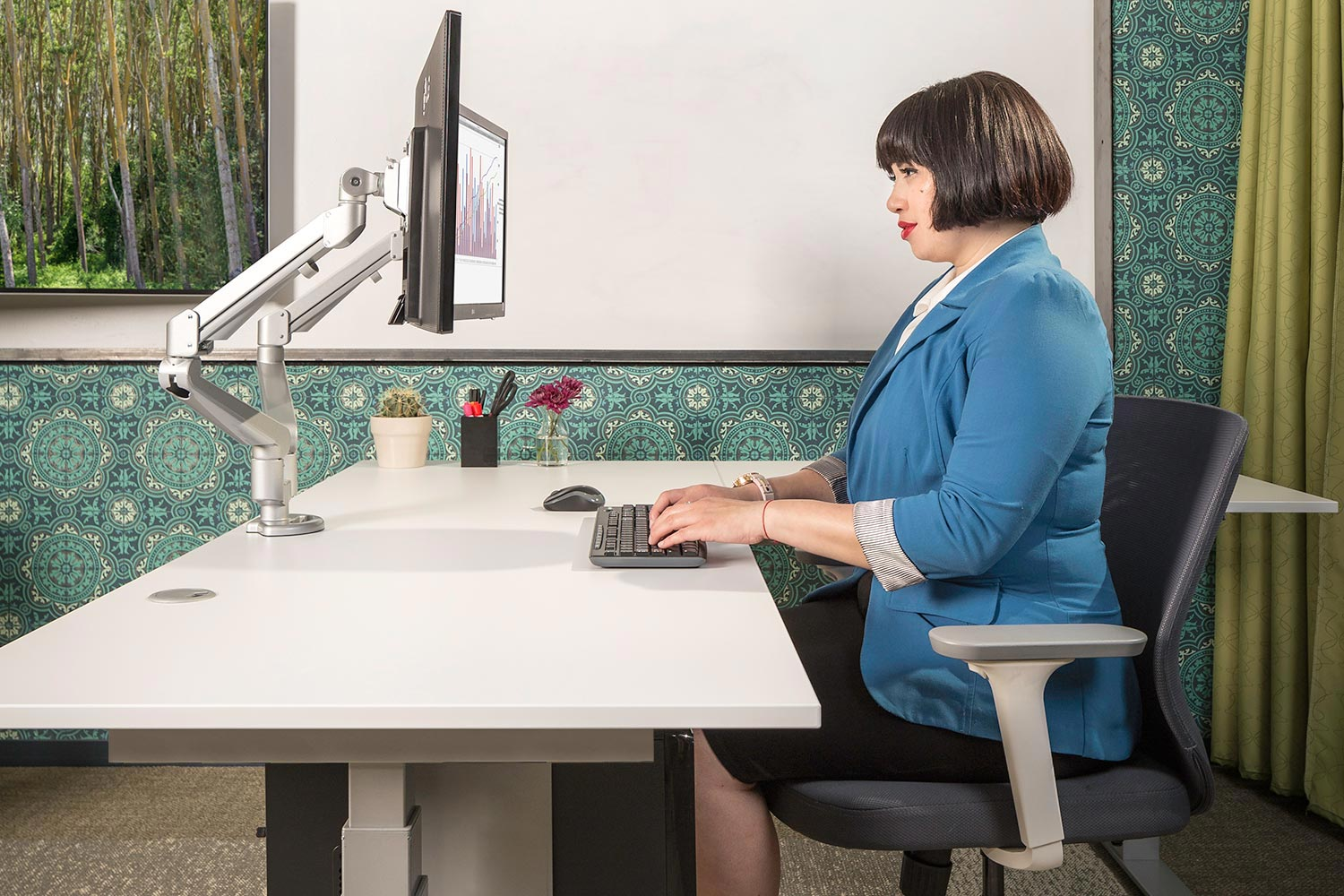 MultiTable Mod E Pro L Shaped Corner Ergonomic Sit To Standing Desk